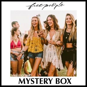 MYSTERY BOX FREE PEOPLE BOHO TOPS & PULLOVERS A3C
